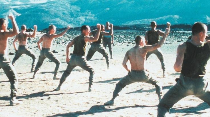 beau-travail-1998-001-topless-soldiers-desert-workout.jpg