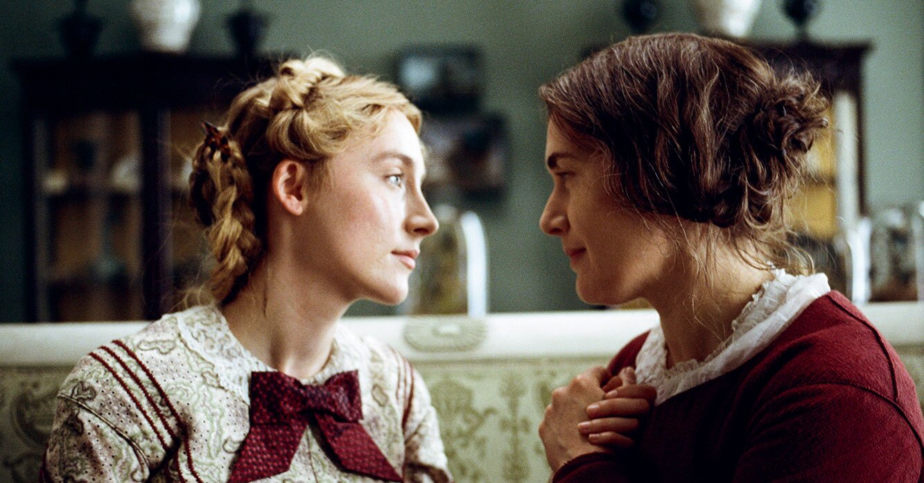 AMMONITE Saoirse Ronan and Kate Winslet